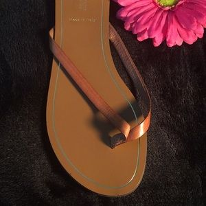 💲1 HOUR SALE - J. CREW LEATHER THONG SANDALS!